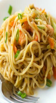 stir fried noodles with shrimp & vegetables