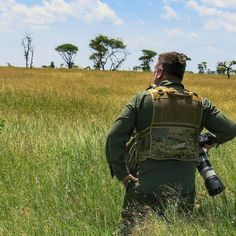 What to photograph next.  Surveying the Serengeti National Park  http://ift.tt/1OMjfVZ  #Elephant  #Nature #Lions #Africa #Wildlife #instaart #instafun #instagram #instanature #instadaily #instatravel #instagood #instashot #serengeti #wildlifephotography #animal #animalkingdom #natgeoyourshot