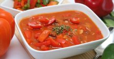 Ungarische Rezepte Allrecipes, Ketchup, Thai Red Curry, Soup Recipes, Chili, Ethnic Recipes, Food, Drinks, Goulash Soup Recipes