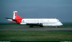 This is which started out as a Comet converted and became the first Nimrod to fly on the 23 May This picture was taken in Febuary Air Force Aircraft, Ww2 Aircraft, Military Jets, Military Aircraft, Tupolev Tu 144, Raspberry Ripple, Aviation Image, Cargo Airlines, Aircraft Pictures