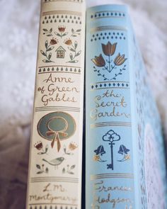 I Love Books, Books To Read, Beautiful Book Covers, Anne Of Green Gables, The Gables, Book Aesthetic, Aesthetic Pastel, Book Nooks, Classic Books