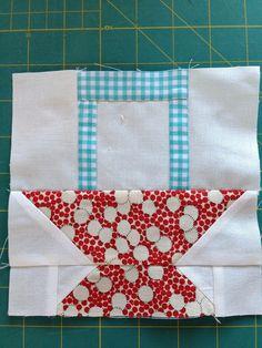dream quilt create: Bee in My Bonnet Row Along - Baskets