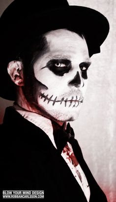 Baron Samedi Costume Inspriation/Ideas: I actually like the way they did the black so it actually looks like a mask, think I might do that Halloween 2014, Halloween Season, Halloween Makeup, Halloween Party, Halloween Costumes, Voodoo Halloween, Halloween Snacks, Voodoo Costume, Baron Samedi