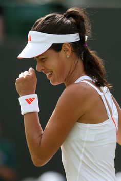 Ana Ivanovic at #Wimbledon  Giggles all around :)