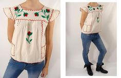 TEMPORARILY REDUCED was 74.44 vintage 40s 50s Embroidered Flower Mexican Peasant Cotton Muslin Babydoll Top S M