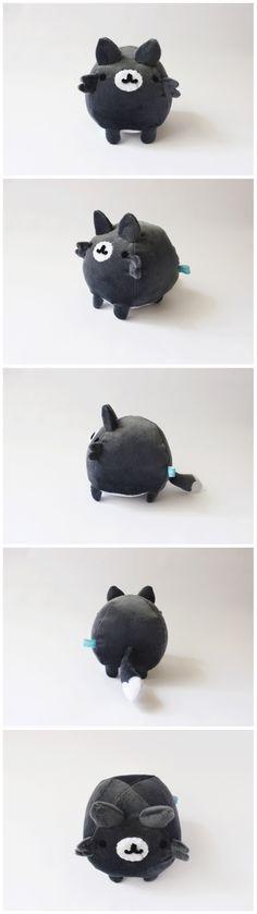 Mini lobo. piqueniquetoys.com #wolf #handmade #plush #toy #cute #kawaii