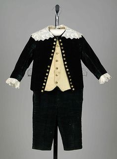 "Little boy's silk velvet ""Little Lord Fauntleroy"" ensemble, American, 1880-89."