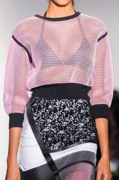 Titel at New York Fashion Week Spring 2015 Ohne Titel Spring Titel Spring 2015 New York Fashion, Runway Fashion, Spring Fashion, Fashion Trends, Fashion 2015, Sport Fashion, High Fashion, Womens Fashion, Street Fashion