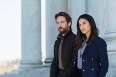 Sleepy Hollow Season 4 Tom Mison and Janina Gavankar (12)