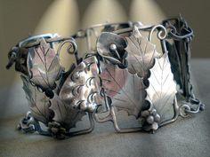 vintage (?) bracelet