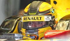 Robert Kubica volta a pilotar um Fórmula 1 após seis anos longe das pistas