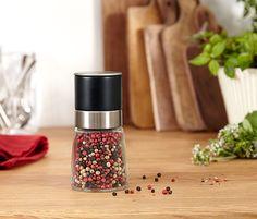Mlýnek na sůl nebo pepř Mugs, Tableware, Dinnerware, Tumblers, Tablewares, Mug, Dishes, Place Settings, Cups