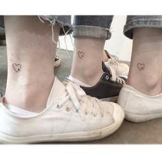 """12.5 χιλ. """"Μου αρέσει!"""", 214 σχόλια - •Playground Tattoo• 플레이그라운드 타투 (@playground_tat2) στο Instagram: """". . ❤️ ⭐️  ☀️ . . #tattoo #tattoos #tattooartist #smalltattoo #design #linetattoo #tattooed #ink…"""""""