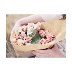 f u c k y e a h g i r l y ❤ liked on Polyvore featuring backgrounds, flowers, photos, pics and pictures