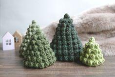 diy crochet amigurumi sapins noël décor Crochet Amigurumi, Noel Christmas, Mini, Creations, Pop Corn, Bats, Crocheting, Xmas, Easy Gifts