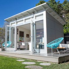 One of the most practical ways to upgrade your property with prefab is through a modern backyard shed. Here are five rad options. Shed Office, Backyard Office, Backyard Studio, Backyard Sheds, Modern Backyard, Pool Shed, Backyard Cabana, Gym Shed, Outdoor Office