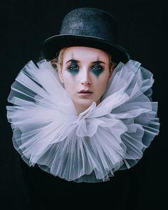 Clown Makeup, Costume Makeup, Halloween Makeup, Halloween Costumes, Clown Costumes, Pierrot Kostüm, Pierrot Clown, Circus Clown, Circus Theme