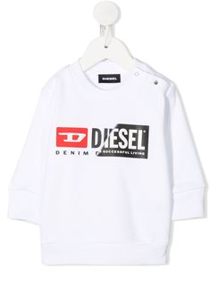 $47.0. DIESEL Top Split Logo Sweatshirt #diesel #top #knit #sweater #sweatshirt #clothing Diesel Denim, White Shop, White Cotton, Crew Neck, Button, Logos, Shoulder, Sweatshirts, Logo