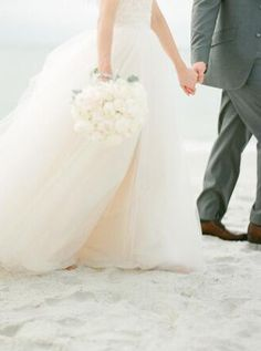 Beautiful soft tulle beach wedding dress with white bouquet Wedding Wishes, Wedding Bells, Wedding Gowns, Perfect Wedding, Dream Wedding, Wedding Day, Wedding Styles, Wedding Photos, Bride Groom