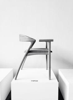 bengala chair. guilherme wentz, 2014