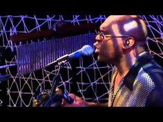 Daryl Hall & John Oates - Kiss On My List (Live At The Troubadour)