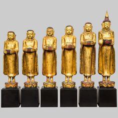 Set di sculture del Buddha e i suoi discepoli