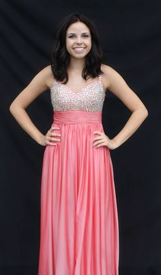 Coral prom or homecoming dress! Available for rent at Bling It On Dress Rentals in Riverton, Utah. Call/text us for an appt 8019797467 or 8018084656 FIND US ON FB AND INSTAGRAM! @blingitondressrentals