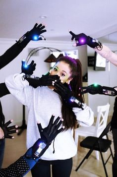 Ariana Grande practicing for the Honeymoon Tour with the mimu gloves!