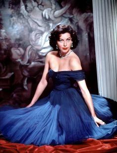 ava gardner   Ava Gardner in a blue evening gown in The Barefoot Contessa (1954)