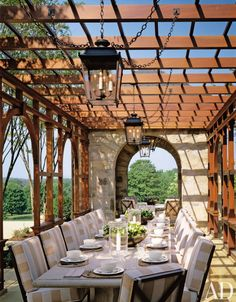 Traditional Outdoor Space by Thomas Pheasant and Rill & Decker in Virginia