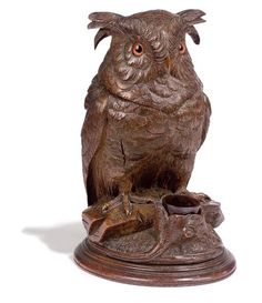 Black Forest owl tobacco box Black Forest Wood, Twig Furniture, Wooden Owl, Beautiful Owl, Owl Art, How To Antique Wood, Wood Sculpture, Asian Art, Wood Carvings
