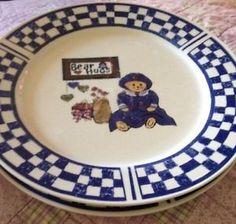 GEI Stoneware Dinnerware Set Of 2 Bear Hugs Large Plates Heavy Country Style