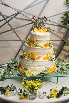 Diy Wedding Cake, Floral Wedding Cakes, Wedding Cake Decorations, Beautiful Wedding Cakes, Beautiful Cakes, Cream Wedding, Orange Wedding, Lemon Party, Classic Cake