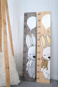 Baby Bedroom, Baby Room Decor, Kids Bedroom, Height Chart, Creation Deco, Baby Room Design, Ideias Diy, Girl Room, Child Room