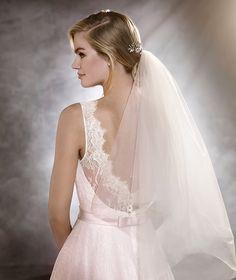 Pronovias > ODRI - Short, lady-style wedding dress