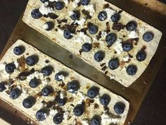 A base for blueberry pizza using the fruit along with carmelized shallots, ricotta cheese and brown sugar.
