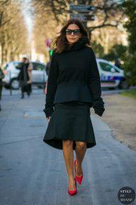 STYLE DU MONDE / Paris Fashion Week Fall 2017 Street Style: Christine Centenera  #Fashion, #FashionBlog, #FashionBlogger, #Ootd, #OutfitOfTheDay, #StreetStyle, #Style