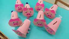 Οκτώβριος :: ΝΗΠΙΑ Kids Crafts, Toddler Crafts, Preschool Crafts, Arts And Crafts, Piggy Bank Craft, Bubble Crafts, Fete Saint Patrick, Aniversario Peppa Pig, Daisy Girl Scouts