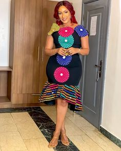 Charming and Lovely Ankara Short Gown Styles 2019 - Naija's Daily African Bridesmaid Dresses, African Wear Dresses, Latest African Fashion Dresses, African Print Fashion, African Attire, Ankara Fashion, African Prints, Ankara Short Gown, Ankara Dress Styles