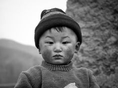 591PhotographyBlog: 591 Exhibition: Mikael Good - Meetings in the middle of China