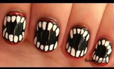 Verry  scary... wonder if any place in Toronto could do this for me???  Love these nails ...  :  )