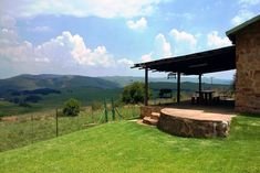 Click on pic to see more. 30 kms outside Dullstroom, our farm offers you peace & quiet, panoramic views, a large variety of bird life and fly fishing, as well as dog friendly accommodation. This 500 hectare estate is situated in the Steenkampsberg mountain range equidistant between Lydenburg and Dullstroom. Highland Giants Estate offers 5 self-catering cottages. Each cottage has a fireplace indoors, braai facilities and DSTV. Dog Friendly Accommodation, Pet Friendly Holidays, Self Catering Cottages, Holiday Places, Mountain Range, Dog Friends, Fly Fishing, Mountains, Dogs