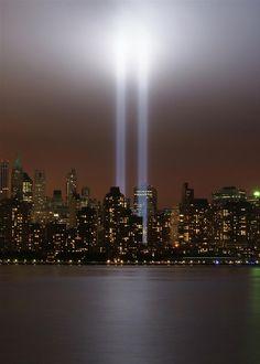 ✮ World Trade Center tribute in light in New York
