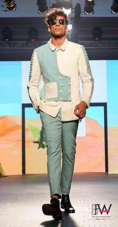 Mens Indian Wear, Indian Men Fashion, Mens Fashion Wear, Indian Wedding Clothes For Men, Wedding Dress Men, African Wear Styles For Men, African Shirts For Men, Wedding Collection For Mens, Mens Shirt Pattern