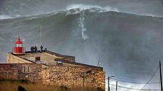 Garrett McNamara surfea espectacular ola de 30 metros, posiblemente rompiendo su propio récord (IMÁGENES)