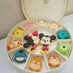 Adorable Disney Supplier Macarons- Adorable Disney Tsum Tsum Macarons Disney Supplier Macroons made by Le Sucre Du Patisserie - Disney Desserts, Cute Desserts, Disney Cakes, Disney Food, Macarons, Macaron Cookies, Cute Food, Yummy Food, Comida Disney