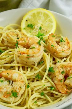This lemon garlic shrimp pasta is an easy dish that is light and full of flavor. ready in 30 minutes and great for a fast weeknight meal. pasta Easy Lemon Garlic Shrimp Pasta-Butter Your Biscuit Lemon Garlic Pasta, Garlic Shrimp Pasta, Pasta With Shrimp, Shrimp Linguine, Healthy Shrimp Pasta, Garlic Butter Pasta, Garlic Parmesan Shrimp, Easy Shrimp Scampi, Prawn Pasta