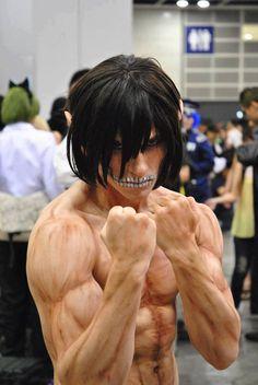 エレン巨人化コスプレ   A!@Atsuhiko Hori Takahashi  (via http://attrip.jp/108960/ )