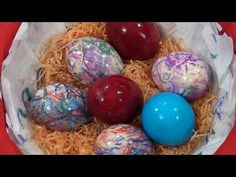 Τhecook.gr - Βάψιμο Αβγών - YouTube Christmas Table Decorations, Sweets Recipes, Easter Eggs, Crafts, Youtube, Greek, English, Holidays, Cooking