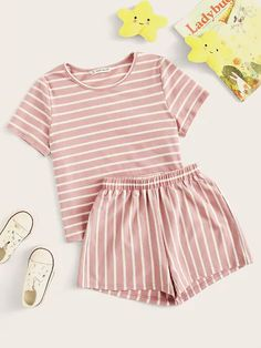 To find out about the Girls Striped Tee & Elastic Waist Shorts Set at SHEIN, part of our latest Girls Two-piece Outfits ready to shop online today! Cute Lazy Outfits, Teenage Girl Outfits, Girls Fashion Clothes, Teen Fashion Outfits, Teenager Outfits, Look Fashion, Outfits For Teens, Cute Pajama Sets, Cute Pajamas